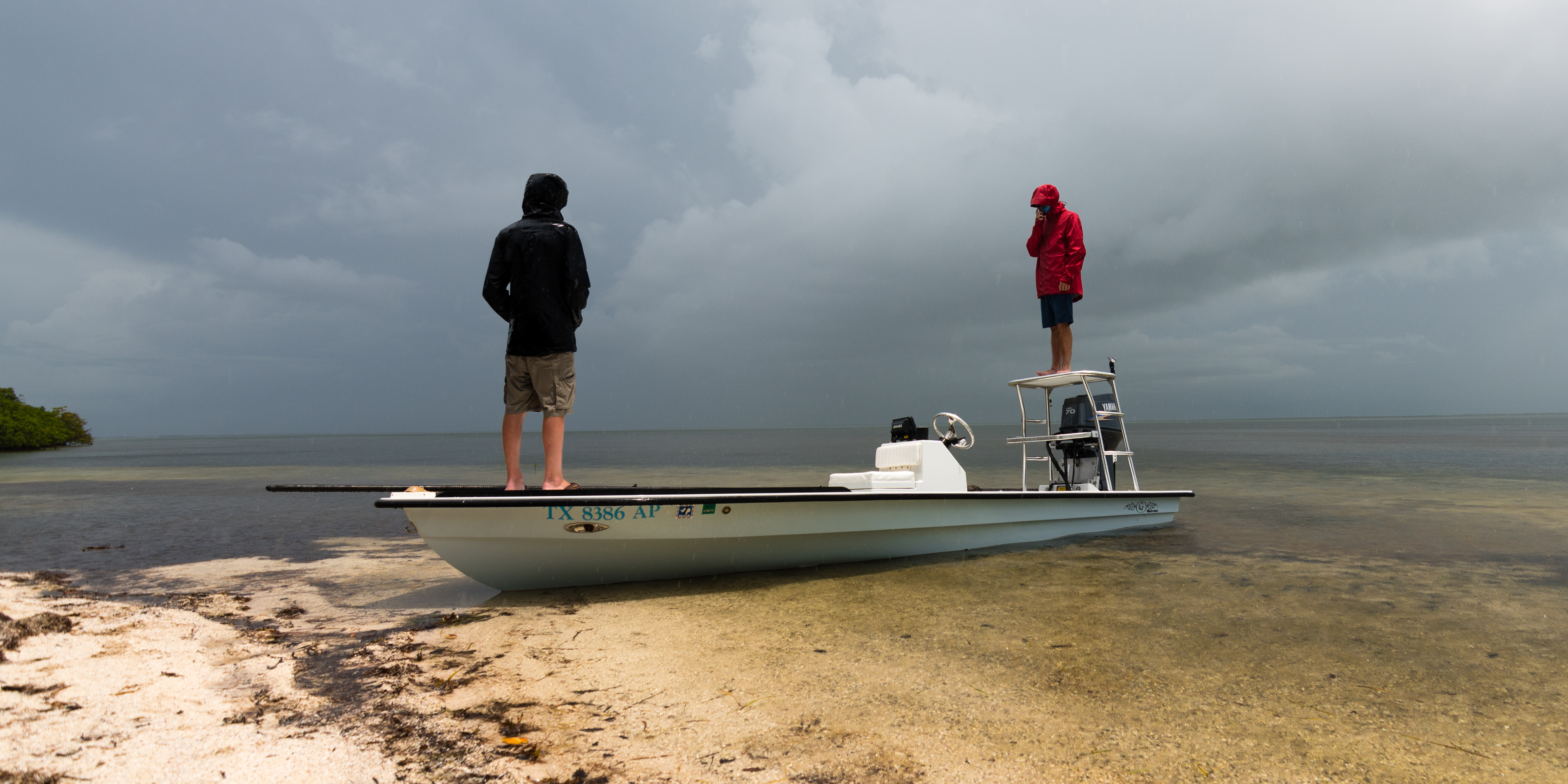 Rates booking for guided fishing trips casting tales for Guided fishing trips in texas